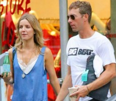 Annabelle Wallis with Chris Martin
