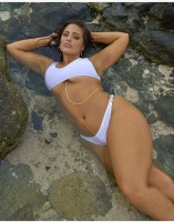 Ashley Graham in Bikini/ swimsuit