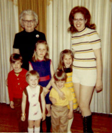 Carole Radziwill Family: Mom, grand mother and siblings