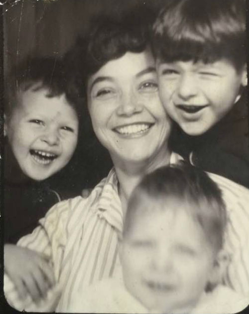 Deborah Falconer childhood- mother & siblings