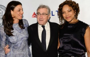 Diahnne Abbott's daughter Drena & Ex-husband Robert De Niro with Grace Hightower