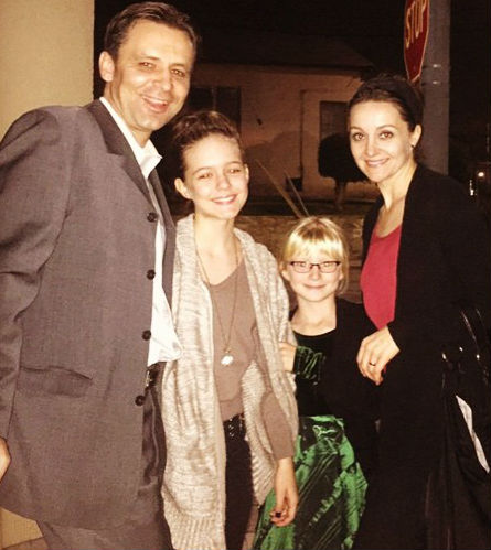 Izabela Vidovic family: father, mother, sister