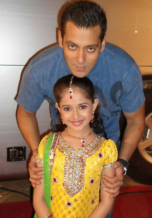 Jannat Zubair Rahmani with her favorite actor Salman Khan