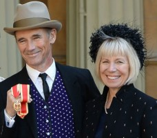 Juliet Rylance's parents- Mother (Claire van Kampen) and stepfather(Mark Rylance)
