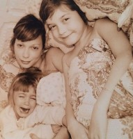 Kennya Baldwin's daughters- Hailey and Alaia Baldwin