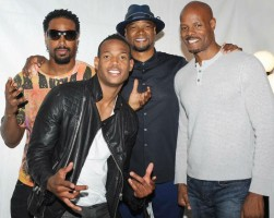 Marlon Wayans with brothers