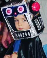 Maxwell Jenkins childhood pic as a robot