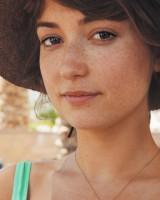 Milana Vayntrub Bio With Age Height Measurements Family