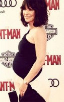 Pregnant Evangeline Lilly