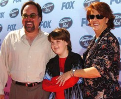 Richard Karn Family: Tudi Roche(wife), Cooper(Son)