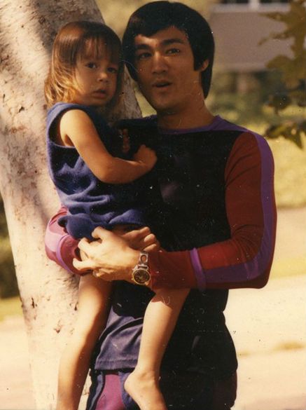 Shannon Lee with father Bruce Lee