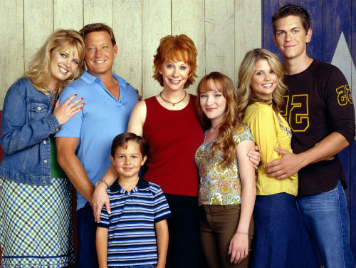 Steve Howey with Reba Cast