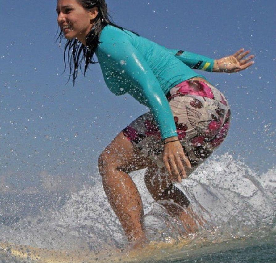 tulsi-gabbard-surfing.jpg