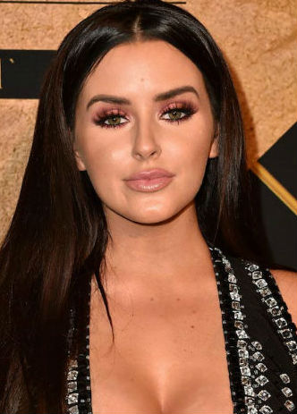 Abigail Ratchford Age Height Weight Bio Boyfriend Wiki